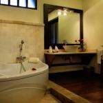 bagus_jati_superior_villa_bathroom_1